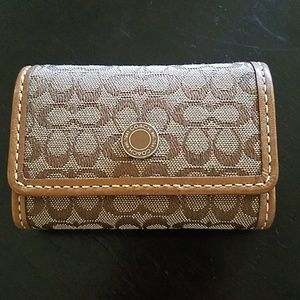 Coach case for contacts